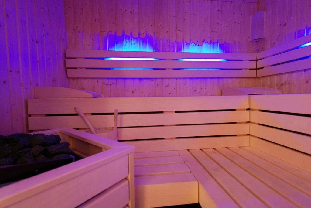 privat_spa_weiher_sauna_1