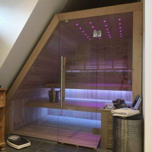 Sauna unter Dachschräge